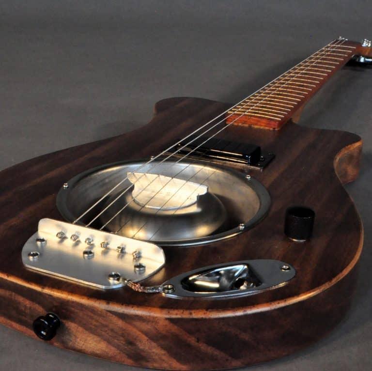 Blues Plank BO6 resonator