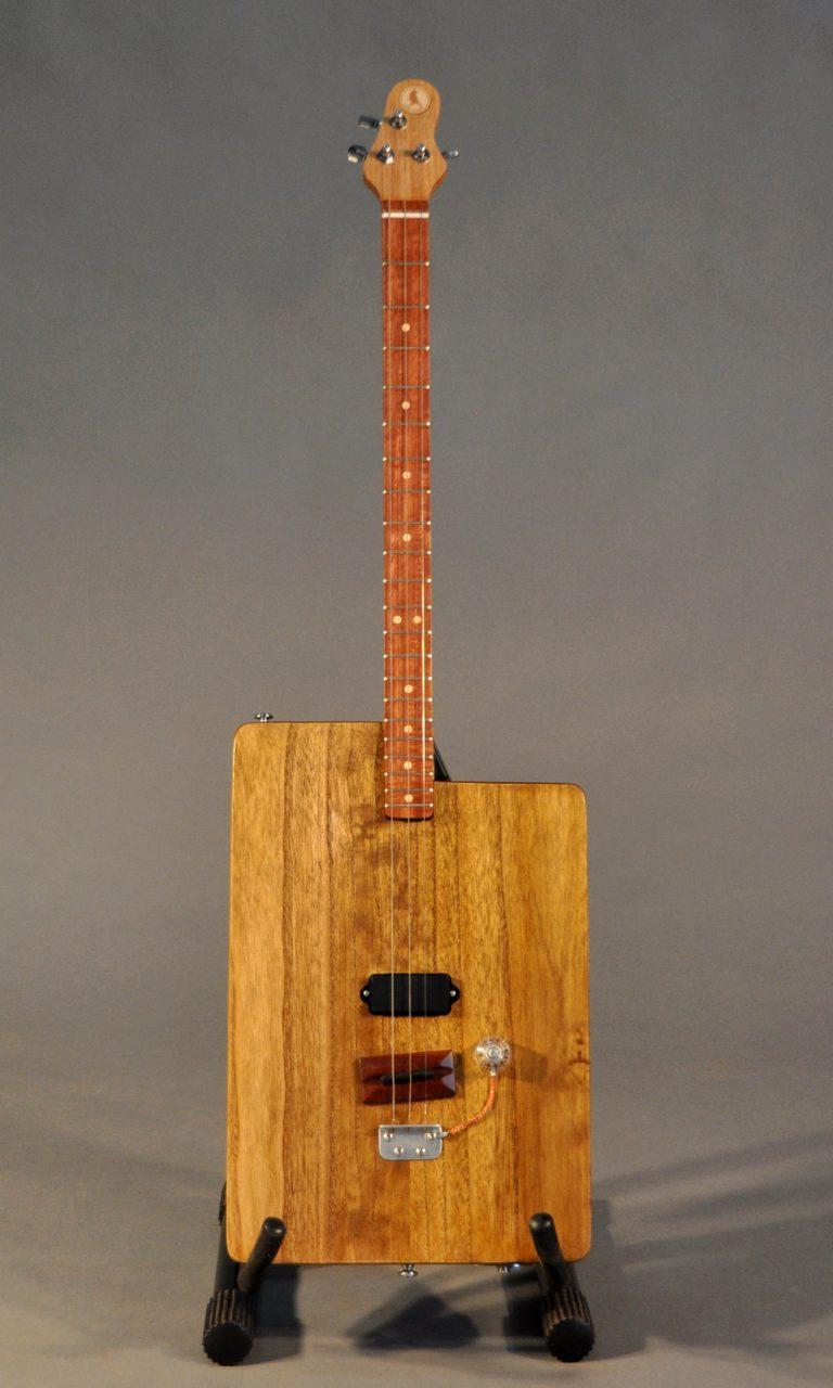 BO3 Box style guitar